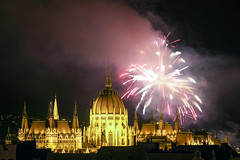 Fireworks Show in Budapest on St. Stephen's Day 2014 August 20. - 26 (Romeodesign) Tags: longexposure night hungary fireworks budapest ceremony parliament illuminated national parlament ststephen 550d