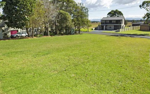 2 Bailey Avenue, Greenwell Point NSW