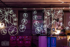 scary DJ (genelabo) Tags: import export sony alpha weitwinkel dia projektion projection slide reflecta light installation visual bar kantine munich dachauerstrase genelabo round indoor scary dj r