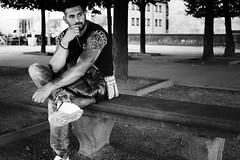 60/365 (Mirko Rhlich) Tags: streetfotografie streetphotography streetphotographybw streetphotographybnw street streets streetphotographer streetphotographers streetphoto streetphotobw monochrom blackandwhite people bw urban candid bnw monochrome fujix fujix100t x100t 35mm