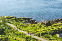 Saltstraumen (Jaime Prez) Tags: noruega flag fiord norge saltstraumen fjord fiordo norway agua bandera water noreg