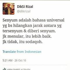 Senyum itu shodaqoh. (Kelana Kuliner) Tags: instagramapp square squareformat iphoneography uploaded:by=instagram rise