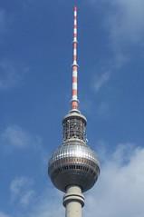 Fernsehturm Tower Point - Berlin (Gilli8888) Tags: berlin germany alexanderplatz fernsehturm tower televisiontower