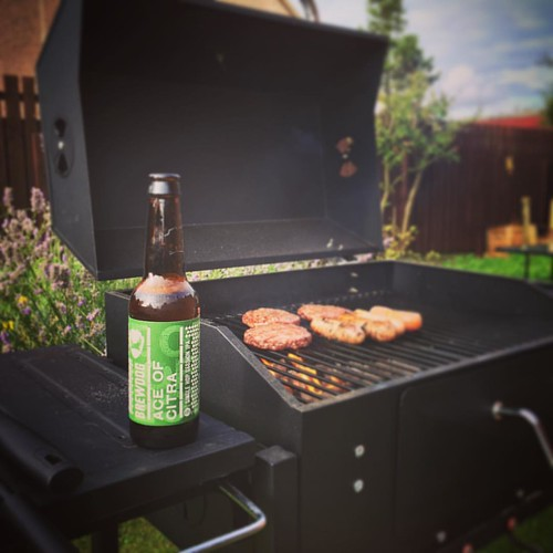 Beer & BBQ! What a combo! #brewdog #punk #aceofcitra #bbqtime #bbq #bbq #bbq🍖 #Laurencekirk #scotland