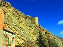 Albarracn (Teruel) (sebastinaguilar) Tags: 2016 teruel aragn paisajeurbano castillos fortalezas murallas espaa