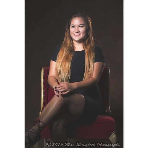 Marvelous Miss Melody was a recent visitor to the studio and she loved the pics.