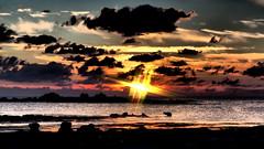 Ailleurs - Elsewhere (Phoebus58) Tags: sea sky sunset rocher rock nuage cloud soleil sun bretagne brittany bzh breizh saintpierre