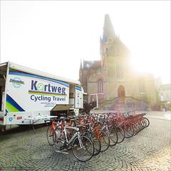 Geraardsbergen - A promising morning (Torsten Frank) Tags: belgien eddymerckx fahrrad flandern geraardsbergen kopfsteinpflaster ostflandern pflaster radfahren radrennen radsport rennrad rondevanvlaanderen strasenbelag derondefanride cycling bike bicycle roadbike