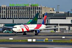 Delta Boeing767 at Dublin (Allan Durward) Tags: delta b767 boeing767 eidw dublin dublinairprt deltaairlines bcrf redribbon breastcancerresearchfoundation