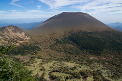 Mt.Asama (bamboo_sasa) Tags:               asama kurofu nagano japan shinshu volcano autumn leaves mountain tsumagoi takamine kogen hiking trekking