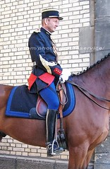 bootsservice 07 8267 (bootsservice) Tags: arme army uniforme uniformes uniform uniforms cavalerie cavalry cavalier cavaliers rider riders cheval chevaux horse horses bottes boots riding boots weston eperons spurs gants gloves gendarme gendarmerie militaire military garde rpublicaine paris
