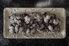 Chocolate Crinkle Cookies (flashfix) Tags: november272016 2016 2016inphotos nikond7000 nikon ottawa ontario canada 40mm sweetsunday happysweetsunday foodphotography cookies icingsugar dessert treat platter frommykitchen chocolatecrinklecookies chocolatecookies