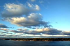 Evening sky (PeterCH51) Tags: finland helsinki coast boattrip evening sky peterch51 cloud sea