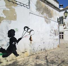 Balloons (Helena S.) Tags: portugal balloons faro algarve graffitis