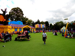 Big Fun Showtime (ThemeParkMedia) Tags: family fun big towers bbc merlin land childrens shows rides showtime alton attraction attractions cbeebies entertainments