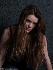 Ágústa Íris IV (Guruinn) Tags: woman girl studio model makeup messy brunette mua 2014 messedup sjúsk ágústaírishelgadóttir