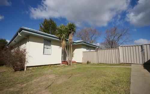 16 McBean Avenue, Armidale NSW 2350