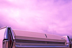 wenn die wolken wieder lila sind (BiERLOS a.k.a. photörhead.ch) Tags: auto classic car canon 50mm mercury f14 14 meeting myfav mk2 5d oldtimer chur fullframe ef treffen mkii markii f114 youngtimer mark2 uscar 2013 markll mkll wwwcar chur2013