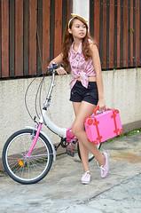 Trice Nagusara La Petite 2 (Trice Nagusara) Tags: pink summer black floral sneakers polkadots casual ribbon shorts handbag petite petites keds lapetite bershka freego sportycasual ribbonheadband tricenagusara