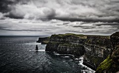 Cliffs Of Moher (Mine_Kar) Tags: irland eire cliffs moher rememberthatmomentlevel4 rememberthatmomentlevel1 rememberthatmomentlevel2 rememberthatmomentlevel3 rememberthatmomentlevel5 rememberthatmomentlevel6 infinitexposure irlanda2014