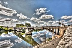 Bridge Castillon la Bataille (rastAsia) Tags: france steps dordogne hdr ambiance castillonlabataille