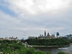 Ottawa - Colline du Parlement (JeanLemieux91) Tags: summer ontario canada del ottawa hill july parliament du julio verano parlement colina t juillet colline parlamento 2014