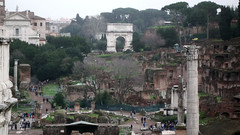 Fly over a reconstruction of 4th century Rome [video]
