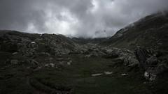 Richtung Gotthard (W***) Tags: berg schweiz tessin wolken wandern wanderung gotthard airolo