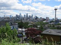 Seattle, WA (KevinB 87) Tags: seattle downtown citycenter seattlewa 1201thirdavenueseattlewa seattlemunicipaltower usaflag