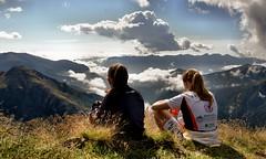 Portate e ragazzi in montagna (photolupi) Tags: panorama nuvole natura sguardo val cielo di montagna trentino dolomiti libert spazio vallata orizzonte passo pensiero fiemme ammirazione contemplazione grandezza ziolera manghen pholupi