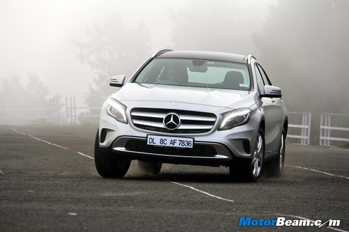 2014-Mercedes-Benz-GLA-62