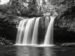 img3709-med (matthauer) Tags: 120 film oregon waterfall bronica asteria buttecreek bronicaetrsi scottsmill buttecreekfalls