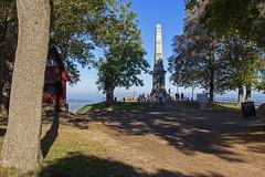 Im Nationalpark Harz (Helmut44) Tags: deutschland germany niedersachsen badharzburg harz nationalpark groserburgberg canossasule canossa bismark geflgelteswort redensart redewendung sule pillar