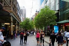 20161029-03-Pitt Street Mall (Roger T Wong) Tags: 2016 australia newsouthwales pittstreet rogertwong sel2470z sony2470 sonya7ii sonyalpha7ii sonyfe2470mmf4zaosscarlzeissvariotessart sonyilce7m2 sydney people shops