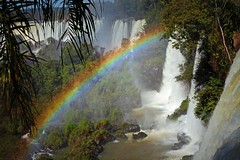 IMG_0334 Falls and rainbow (Rodolfo Frino) Tags: fall falls rainbow forest tropical droplets color colour colors colours landscapephotography misionesprovince