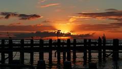 weerfoto 1 zonsopkomst  0820 (Omroep Zeeland) Tags: wolken kleuren zonsopkomst