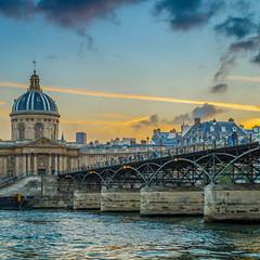 Paris sunset (aurlien.leroch) Tags: france paris sunset institutdefrance pontdesarts seine nikon d7100 cityscape 35mm