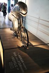 fish and bicycle (Djuliet) Tags: guinness dublin eire irlande ireland irishrepublic republiquedirlande usine guinnessfactory visit tourists