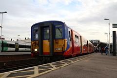 455739   South West Trains   Clapham Junction (Jacob Tyne) Tags: class 455 4557 4558 4559 swt south west trains clapham junction emu electrical multiple units 455739