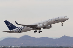 Delta Airlines -Skyteam- Boeing 757 N705TW-3518 (rob-the-org) Tags: kphx phx skyharborinternational phoenixaz deltaairlines boeing 757 n705tw skyteam departing f80 200mm 1125sec iso100 cropped noflash
