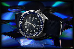 Blu-ray Disc / Seiko Turtle (Seb.04) Tags: steel watch montre canon macro 100 mm 6d blue seiko prospex turtle leather strap band srp773 srp773k1 srp773j1 white bluray blu ray disc nato bleu