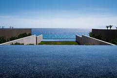 looking at horizon (1) (zzra) Tags: cabo san lucas marriott ocean infinity pool fountain mexico