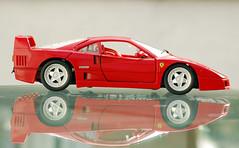 Ferrari F40 (Gnter Hentschel) Tags: rot germany deutschland nikon ferrari 118 f40 modellauto ferrarif40 d40 hentschel nikond40 masstab