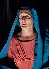 Fiona Shaw, The Testament of Mary, The Barbican, 18 May 2014 (chrisjohnbeckett) Tags: blue red portrait lowlight play theatre availablelight stage mary culture literature barbican londonist canonef135mmf2lusm colmtoibin fionashaw chrisbeckett testamentofmary