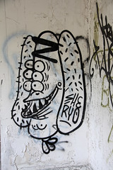 IMG_0057 (Jeffrey Terranova) Tags: newyork abandoned graffiti greenhouse urbanexploration bti yonkersny boycethompsoninstitute canonrebelxsi