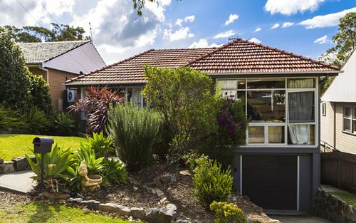 10 Clayton Crescent, Kotara South NSW
