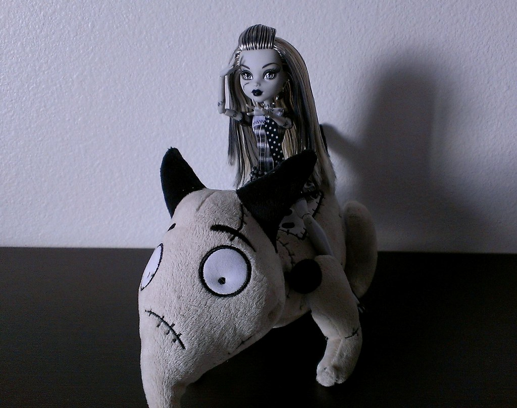sparky the dog frankenweenie. your dog is alive (ozthegreatandpowerful) tags: monster high doll frankie plush sparky mh. frankenweenie the dog