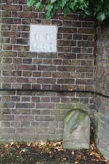 Kensal Green Cemetery, NW10 (Tetramesh) Tags: uk greatbritain england london unitedkingdom britain londres gb londra britishrail londen counterscreek londinium lontoo llondon nationalrail londone londyn llundain londn  londain londono westlondonline tetramesh londonoverground londrez  loundres lorol londr lndra