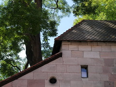 20140828-1454-P1010315 (Stefan Hundhammer) Tags: franconia historic franken altstadt oldtown nrnberg neutormauer olympus45f18 olympus4518