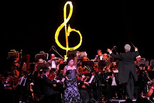 El Gobernador Guillermo Padrés inauguró la vigésimo séptima edición del festival Alfonso Ortiz Tirado.